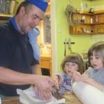 Unser Koch mit Kindern